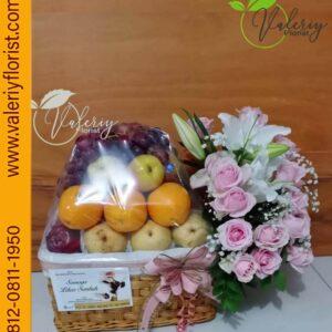 FRUITS & FLOWERS di Toko Bunga